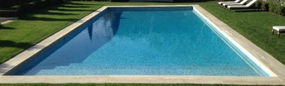 Montecito Pool with Taupe Limestone